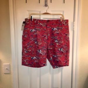 🚣♀️🚣♀️🚣♀️ Men's CHAPS print shorts. Size 36.